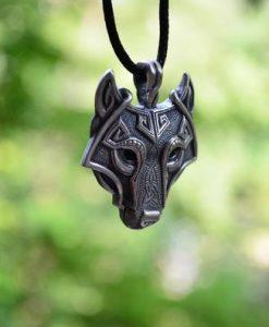 colgante-lobo-protector-1
